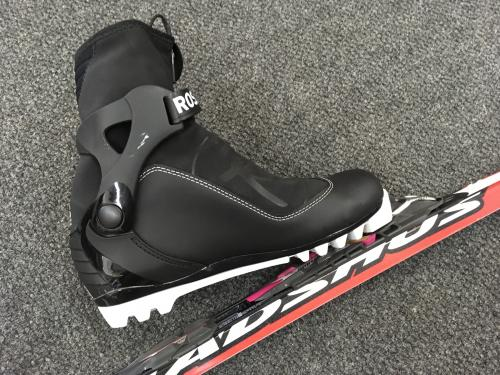 A track ski for xc ski racing with boot